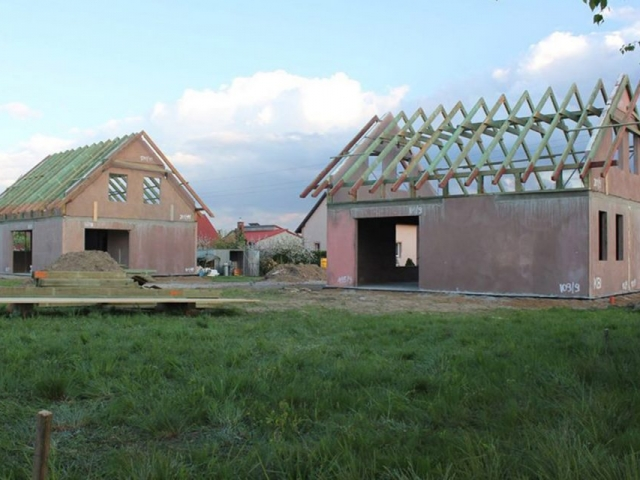 Domy jednorodzinne w Radwanicach
