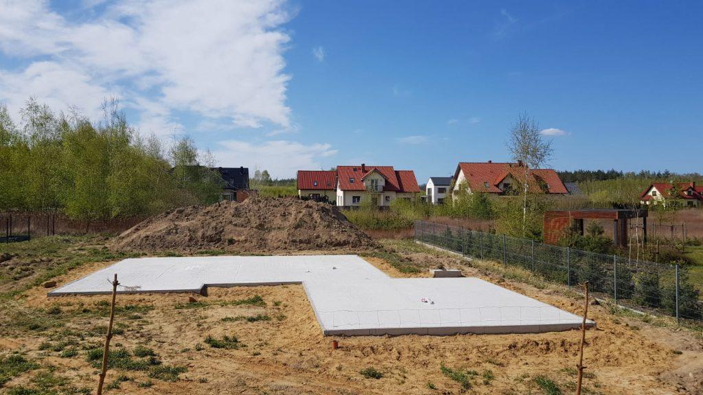 Budowa domu z keramzytu – jak wygląda budowa domu w technologii keramzytowej - zakup działki budowlanej