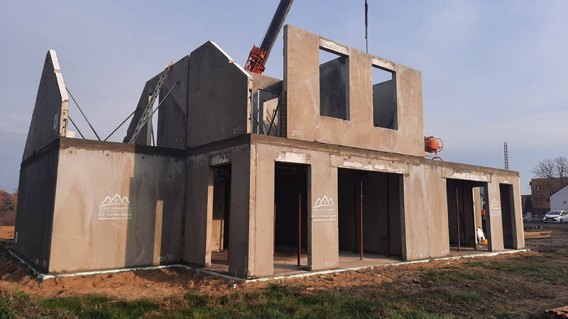 Dom z keramzytu czy murowany